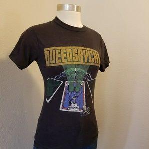 Vintage QUEENSRYCHE concert t- shirt 1985 XS